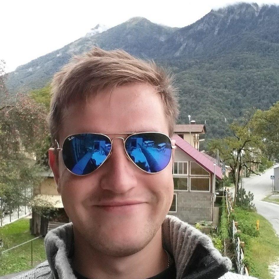 Алексей Арефьев